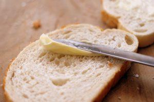 乳がん・大腸がんはパン食NG
