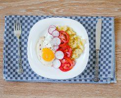 糖質制限と脂質制限どっちが痩せる?