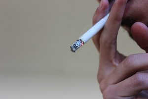 タバコ1000円へ