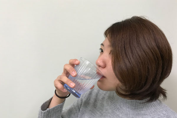 1日に水を飲む量